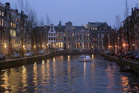 Kattints a képre a nagyításhoz  Cím:  Amszterdam.jpg Megnézték: 1854 Méret:  623,0 KB Azonosító:  1078