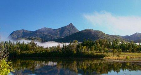 Kattints a képre a nagyításhoz  Cím:  Mount Warning - Murwillumbah.jpg Megnézték: 1972 Méret:  81,5 KB Azonosító:  1128