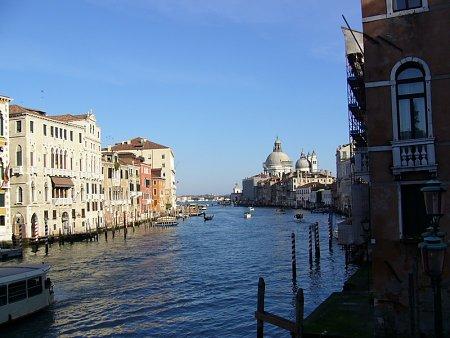 Kattints a képre a nagyításhoz  Cím:  Velence - Canal Grande.jpg Megnézték: 1511 Méret:  186,4 KB Azonosító:  23