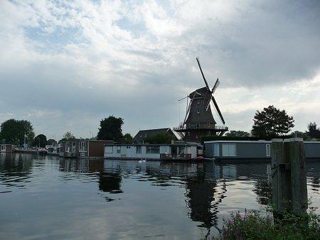 Kattints a képre a nagyításhoz  Cím:  Amszterdam - Holland szélmalom.jpg Megnézték: 1603 Méret:  143,1 KB Azonosító:  29