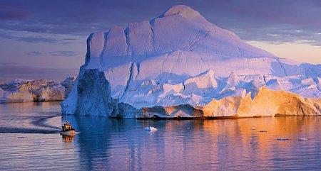 Kattints a képre a nagyításhoz  Cím:  Grönland - Disko öböl - Jéghegy.jpg Megnézték: 1477 Méret:  71,1 KB Azonosító:  453