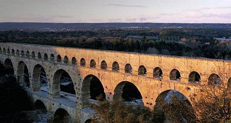 Kattints a képre a nagyításhoz  Cím:  Pont du Gard.jpg Megnézték: 2036 Méret:  73,6 KB Azonosító:  541