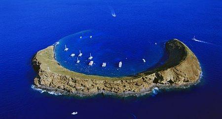 Kattints a képre a nagyításhoz  Cím:  Molokini kráter - Hawai.jpg Megnézték: 3215 Méret:  80,0 KB Azonosító:  738