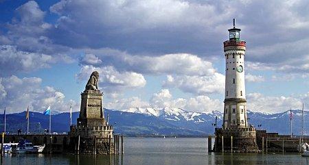 Kattints a képre a nagyításhoz  Cím:  Bodeni-tó - Lindau kikötő.jpg Megnézték: 5558 Méret:  79,3 KB Azonosító:  750