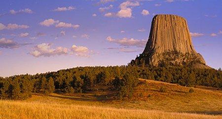 Kattints a képre a nagyításhoz  Cím:  Ördögtorony - Devils Tower - Wyoming.jpg Megnézték: 7019 Méret:  80,7 KB Azonosító:  766