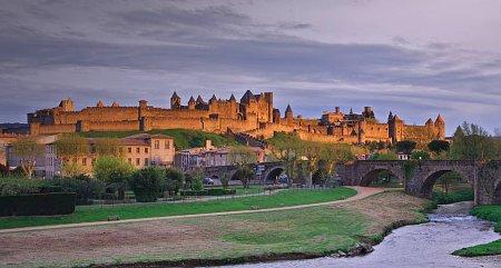 Kattints a képre a nagyításhoz  Cím:  Carcassonne.jpg Megnézték: 2156 Méret:  74,7 KB Azonosító:  831
