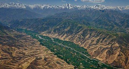 Kattints a képre a nagyításhoz  Cím:  Hindukus - Afganisztán.jpg Megnézték: 4337 Méret:  80,0 KB Azonosító:  835