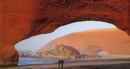 Kattints a képre a nagyításhoz  Cím:  Legzira Beach - Marokkó.jpg Megnézték: 12023 Méret:  78,1 KB Azonosító:  845