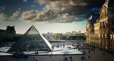 Kattints a képre a nagyításhoz  Cím:  Louvre - Párizs.jpg Megnézték: 6831 Méret:  74,2 KB Azonosító:  878