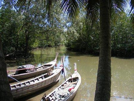 Kattints a képre a nagyításhoz  Cím:  Thaifold - Phuket - 1.jpg Megnézték: 1275 Méret:  89,2 KB Azonosító:  879