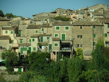 Kattints a képre a nagyításhoz  Cím:  kisváros.JPG Megnézték: 602 Méret:  253,2 KB Azonosító:  986
