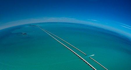 bing-hatterkepek-seven-mile-bridge.jpg