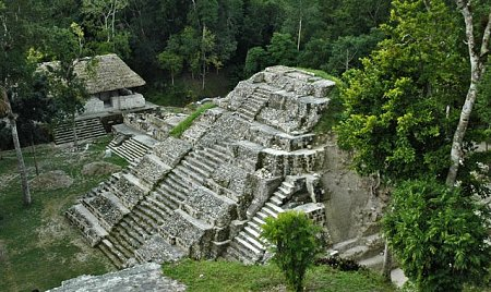 guatemala-guatemala-yaxha-1.jpg
