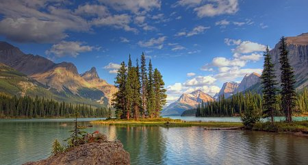 kanada-jasper-nemzeti-park-maligne-spirit-sziget.jpg