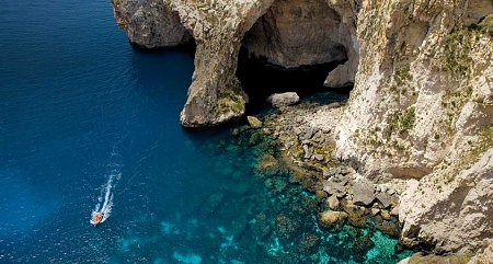 malta-turista-szemmel-kek-barlang-blue-grotto.jpg
